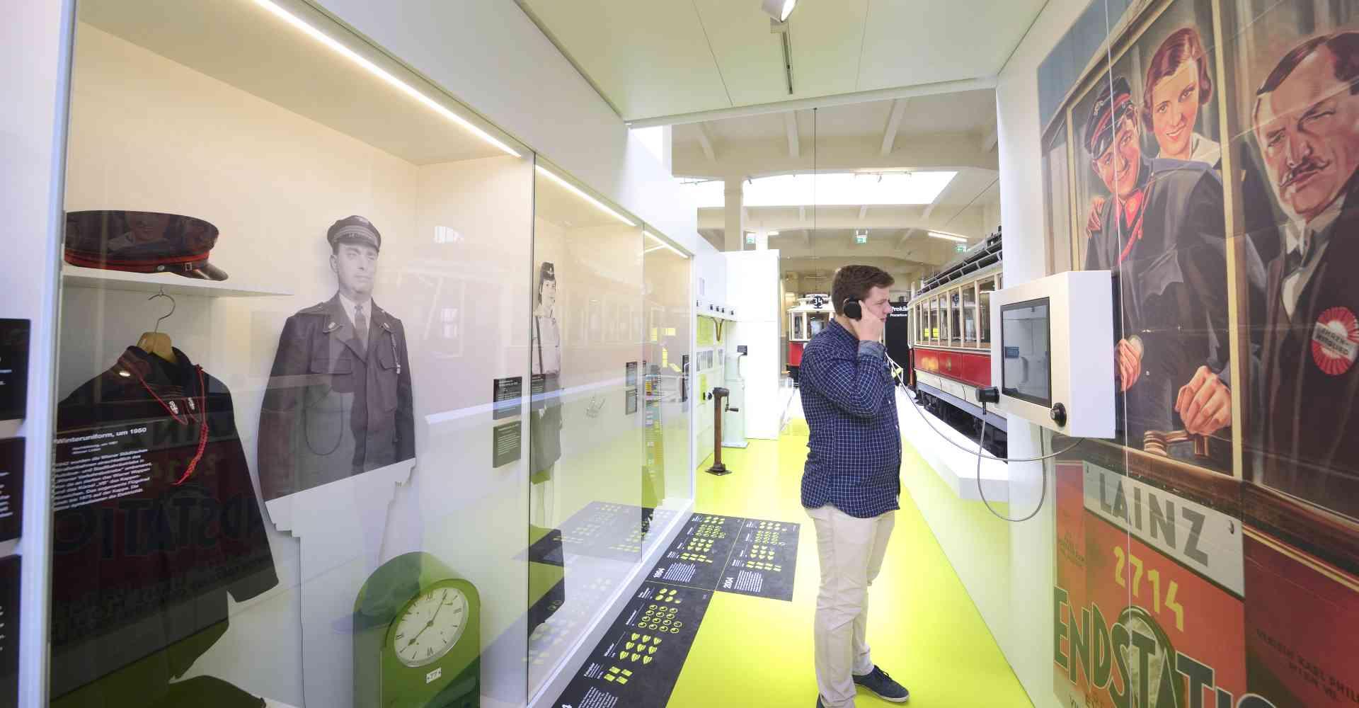 In der Ausstellung warten viele interaktive Stationen.