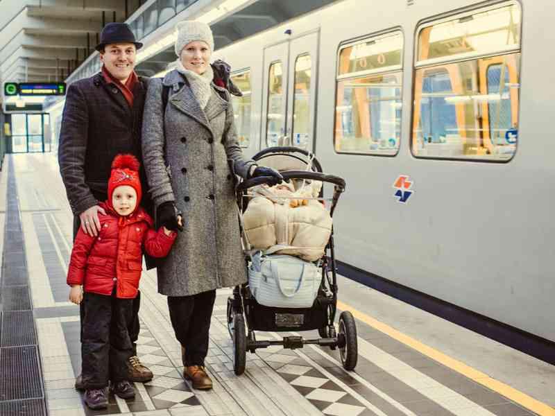 Anna und Alfredo Borcic. Die Familie lebt nahe Ober St. Veit, Vater Alfred arbeitet am Karlsplatz und fährt daher täglich mit der U4. Ab Ende April werde er die Straßenbahn 58 bis Westbahnhof nehmen und dort in die U-Bahn umsteigen, verriet er.