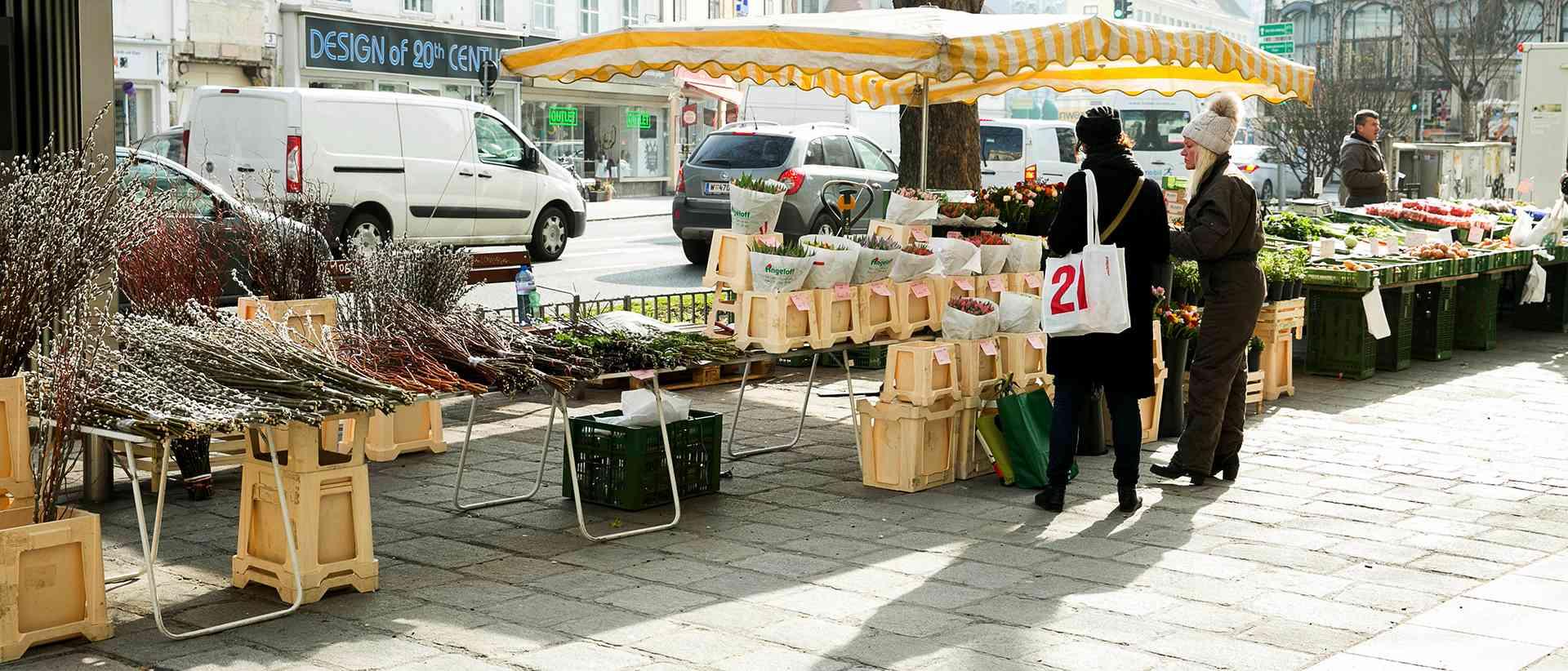 Frisch: Auf dem Margaretenplatz findet auch regelmäßig ein Markt statt.