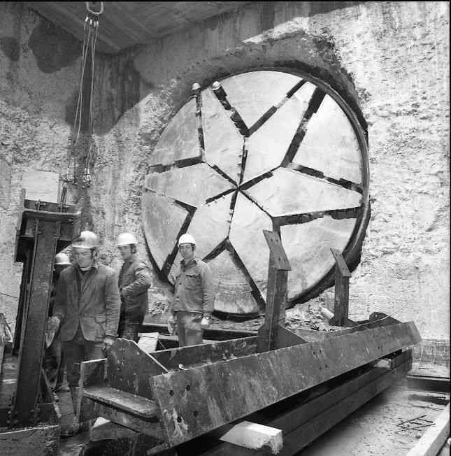 Bohrkopf einer Schildbohrmaschine (Maulwurf)