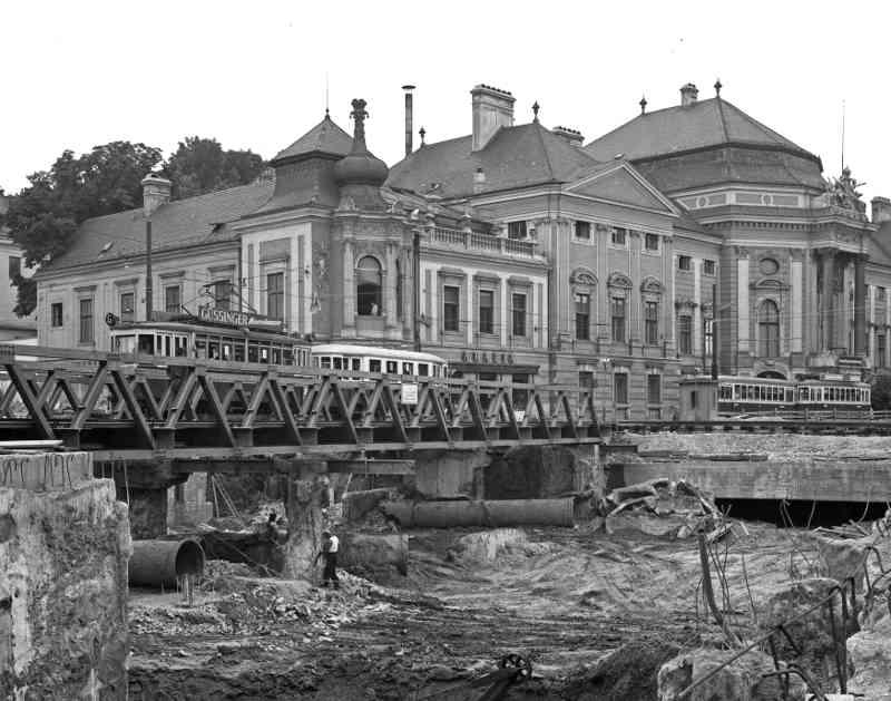 Linie G2 während Bau der Zweierlinie-Ustrab, 1965