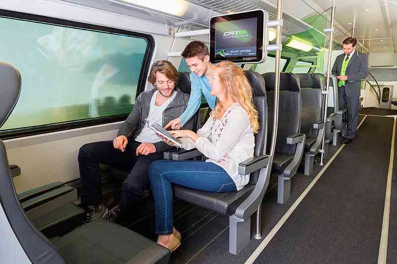 Der City Airport Train ermöglicht die umsteigefreie Anreise zum Flughafen Wien zwischen Wien-Mitte und Flughafen, Foto: City Airport Train