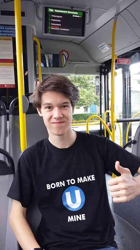 Christoph in der Linie 79A.