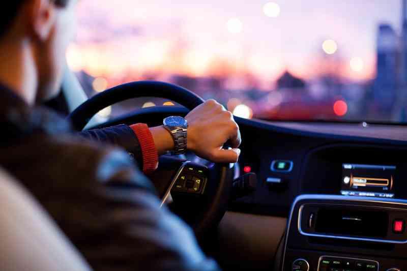 Ab 15€ kommt man mit Carsharing zum Flughafen, Foto: pixabay.com, CC0