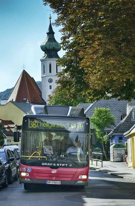 Autobus der Linie 38A in Grinzing