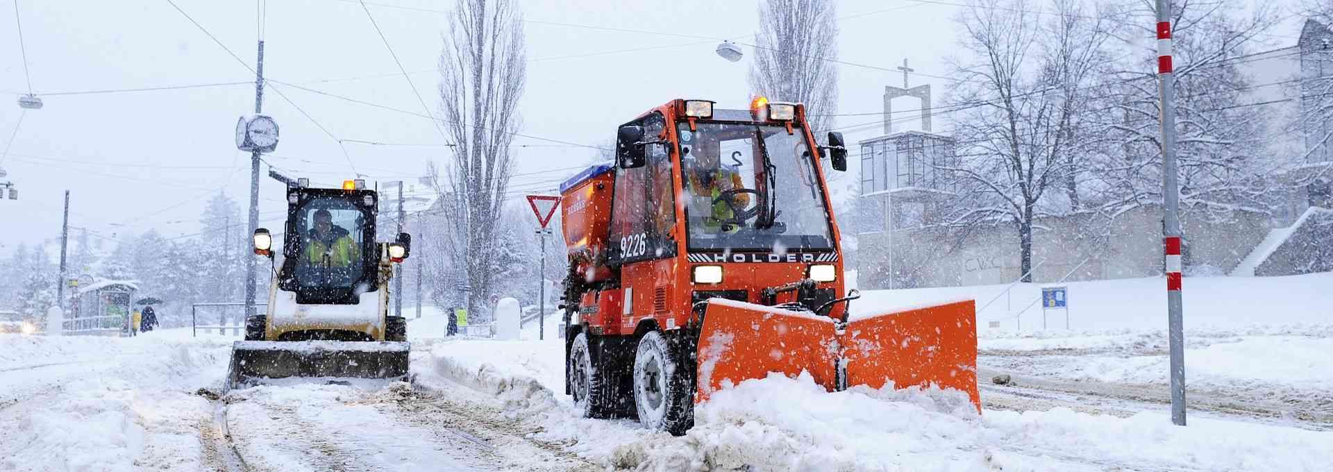 Unser Winterdienst bereitet sich ab April auf den Winter vor.