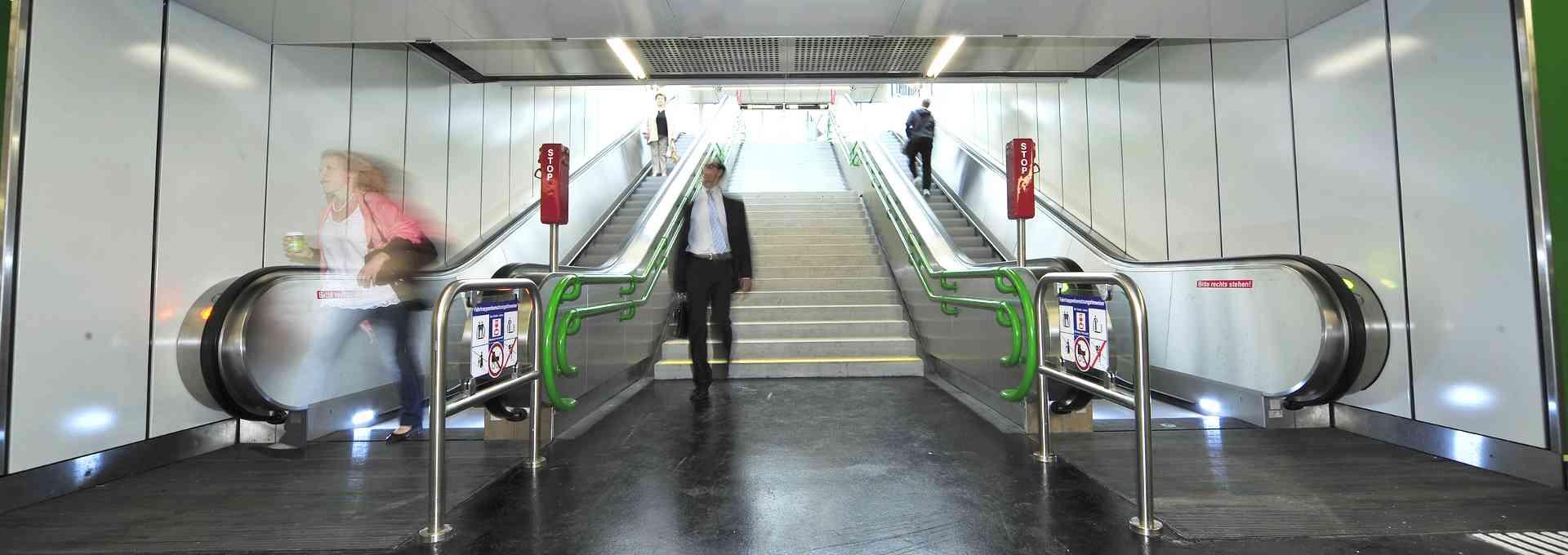 In diesem Blogbeitrag erklären wir, warum es manchmal etwas länger dauern kann, bis eine Rolltreppe wieder in Betrieb ist.