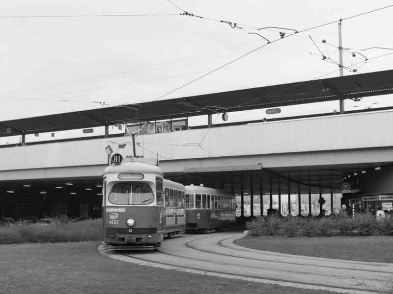 Linie 81 als Sonderlinie am Praterstern im März 1987