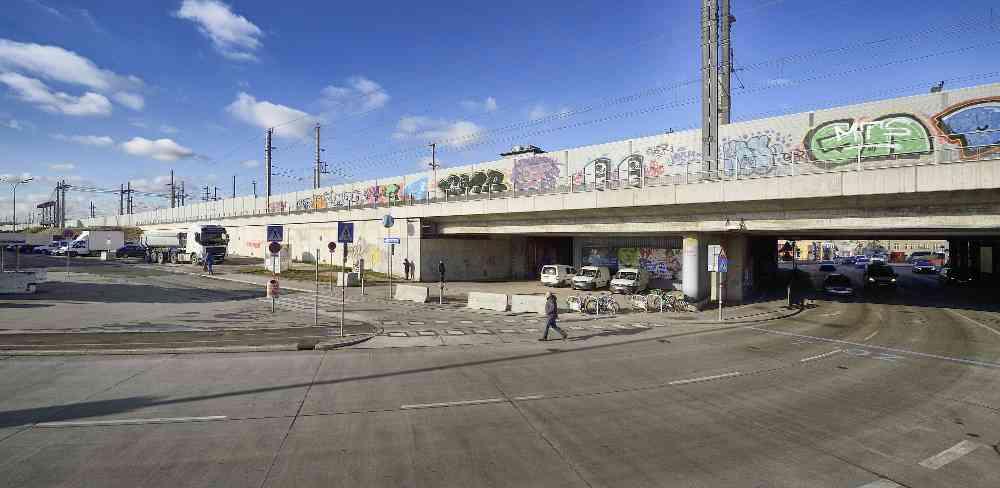 Am Anfang der Triester Straße wird der U-Bahn-Bau starten: Hier entsteht der Startschacht für die Tunnelbohrmaschine.