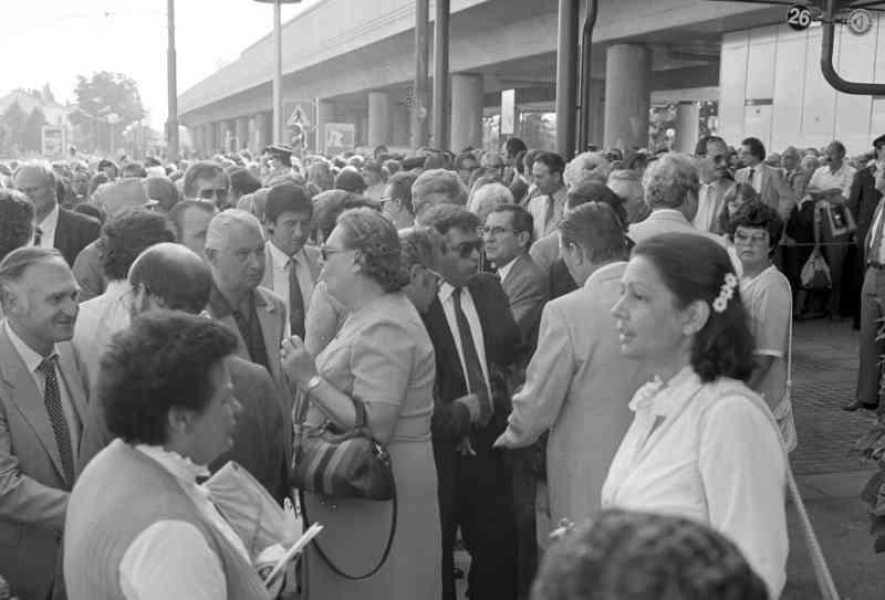 1982 wurde auch die Station Kagran feierlich eröffnet.