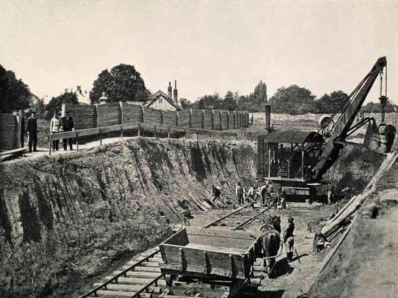 1896 Kaiser Franz Josef besucht die Bauarbeiten beim Wienfluss.