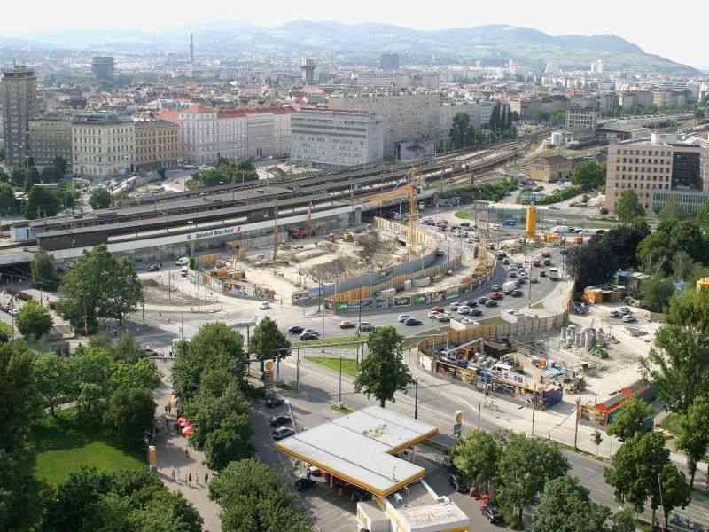 2004 Riesenbaustelle Praterstern durch U-Bahn-Bau und Bahnhofsneubau der ÖBB.