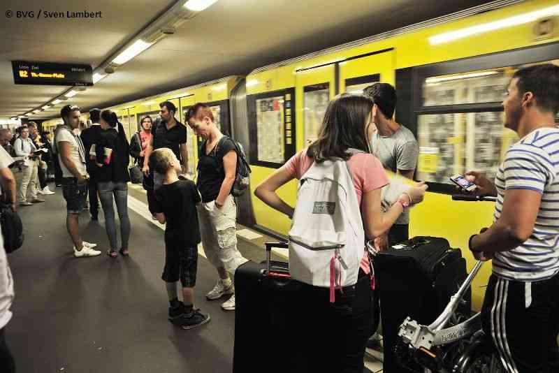 Auch in Berlin zählt die U-Bahn zu den wichtigsten Verkehrsmitteln.