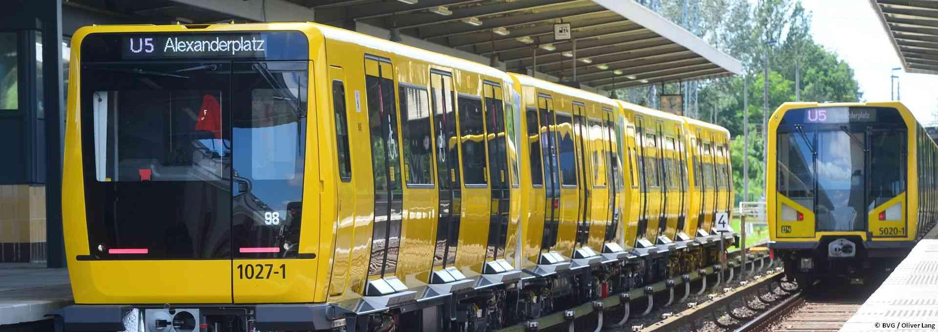 Berliner U-Bahn-Züge der Linie U5