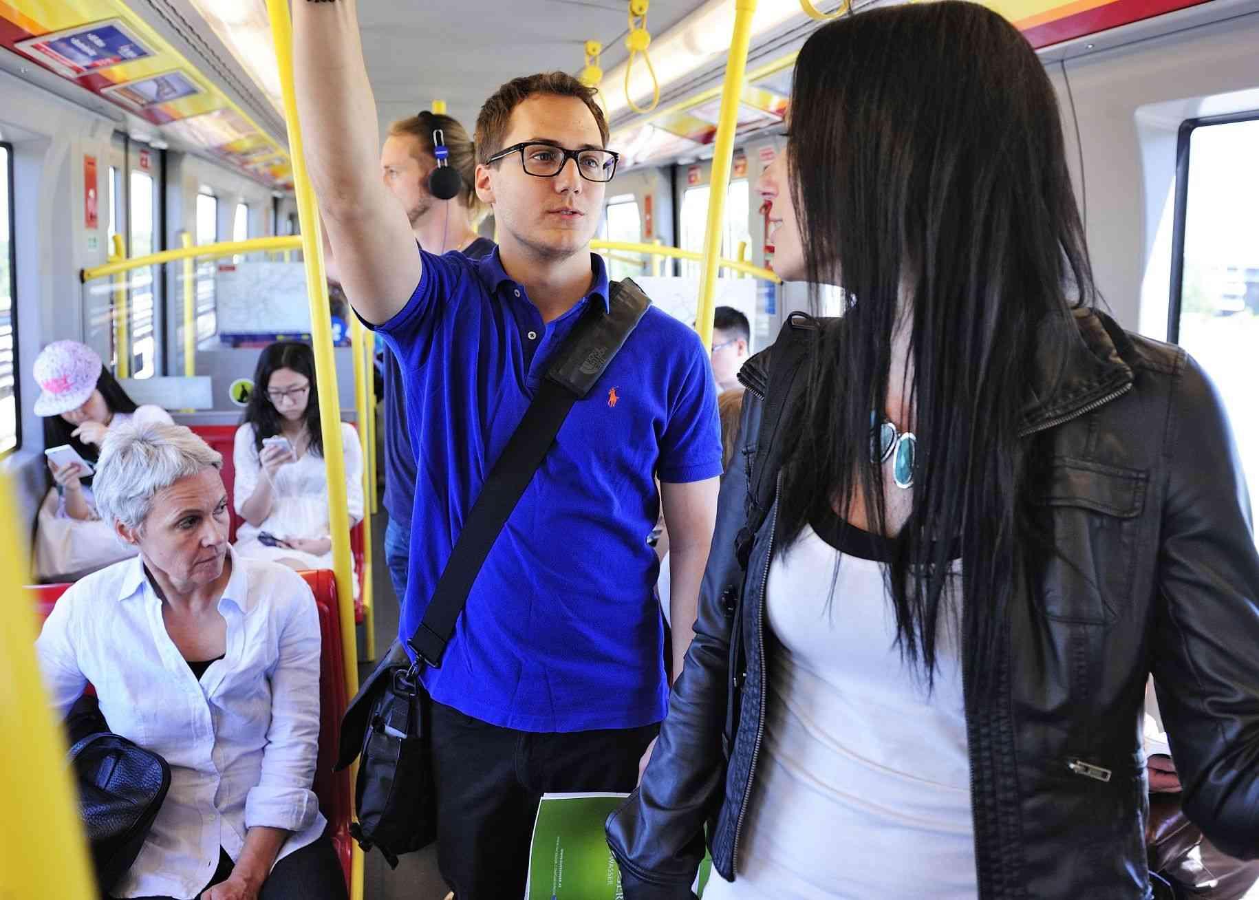 Täglich nutzen 2,6 Millionen Fahrgäste Bim, Bus und U-Bahn.