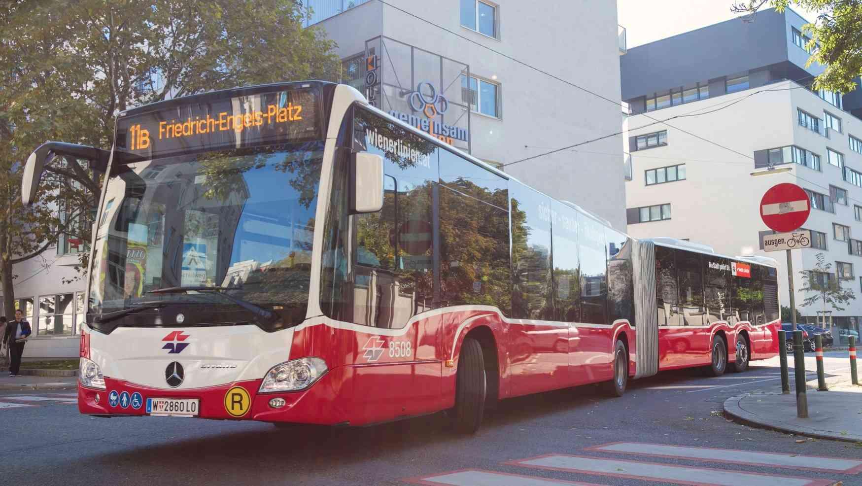 Moderne, umweltfreundliche und größere Fahrzeug für gesamte Busflotte.