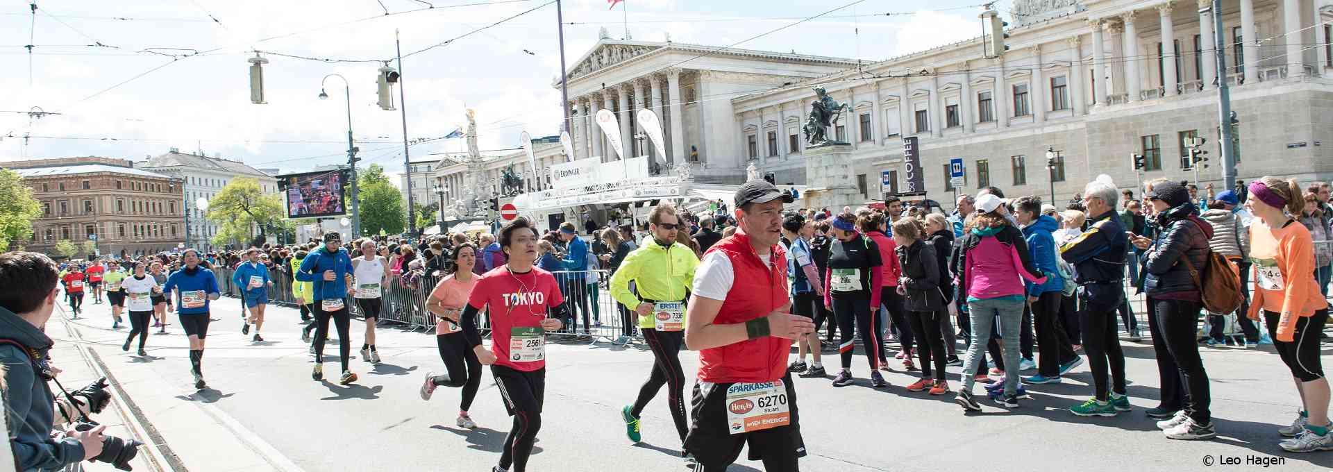 Am Vienna City Marathon treten jedes Jahr rund 40.000 LäuferInnen an. © Leo Hagen