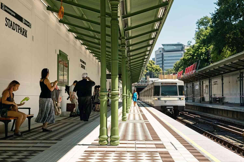 Die Otto Wagner Station Stadtpark ist ein Jugendstiljuwel mit 120 Jahren Zeitgeschichte.