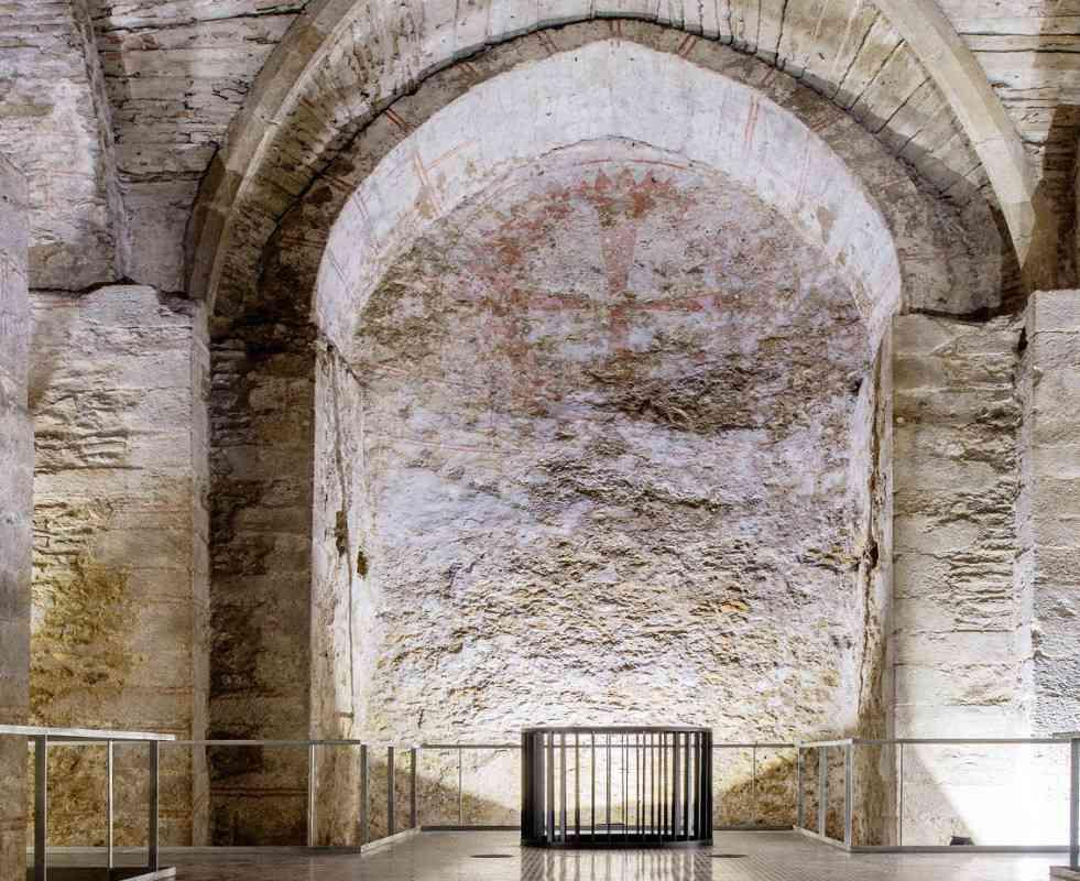 Die unterirdische Virgilapelle wurde im Zuge des U-Bahn-Baus entdeckt und ist einer der besterhaltenen gotischen Innenräume in Wien. © Kollektiv Fischka/Kramar