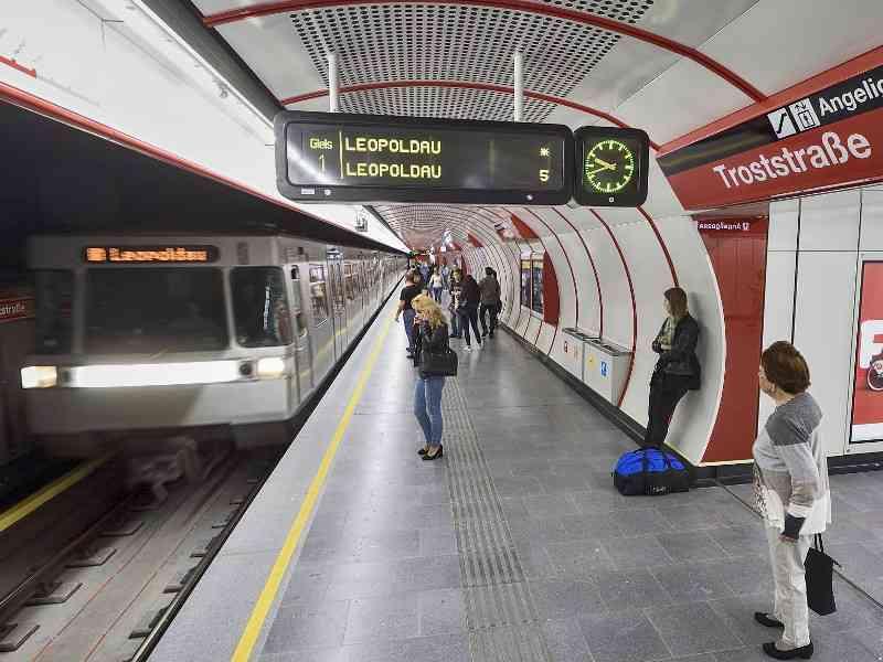 Durch das Forschungsprojekt Brake Energy fließt die Energie des Bremsvorgangs einer U-Bahn wieder zurück in das Netz.