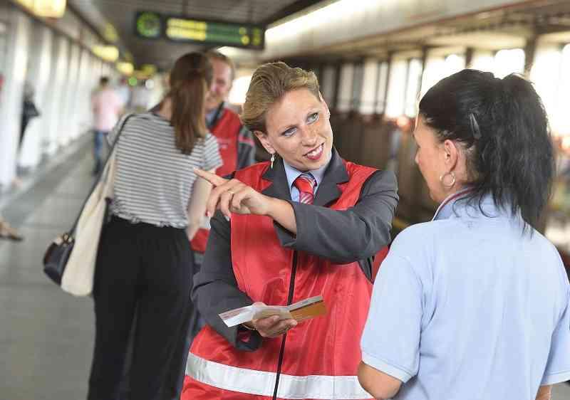 Auch in der U5 werden MitarbeiterInnen der Wiener Linien unterwegs sein.