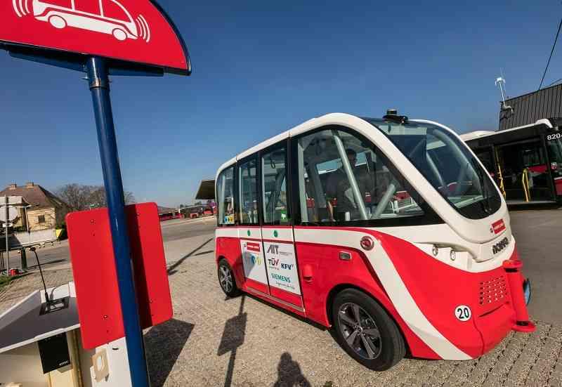 Der selbstfahrende auto.Bus wird ab Herbst 2018 auf einer Teststrecke in der Seestadt unterwegs sein.