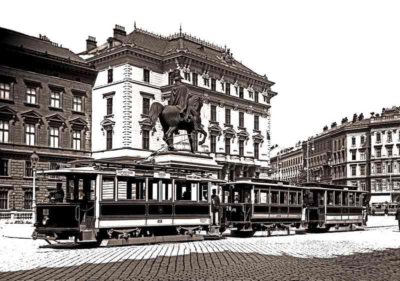 Ein Type G mit zwei Beiwagen um 1906 am Schwarzenbergplatz.