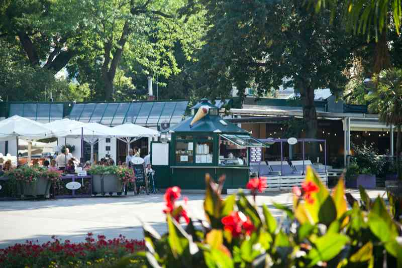 Mitten im Türkenschanzpark befindet sich die Meierei Diglas.