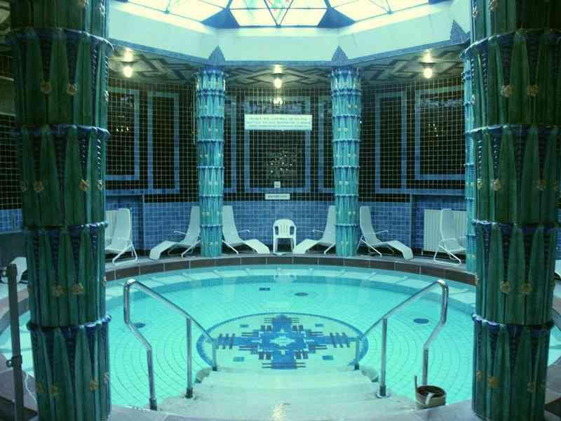 Auch eine Sauna gibt es im Amalienbad.