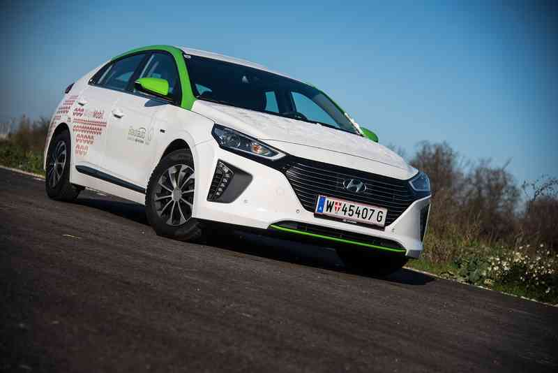 Das Highlight in unserem Sharingangebot ist ein Hyundai IONIQ Hybrid von Stadtauto