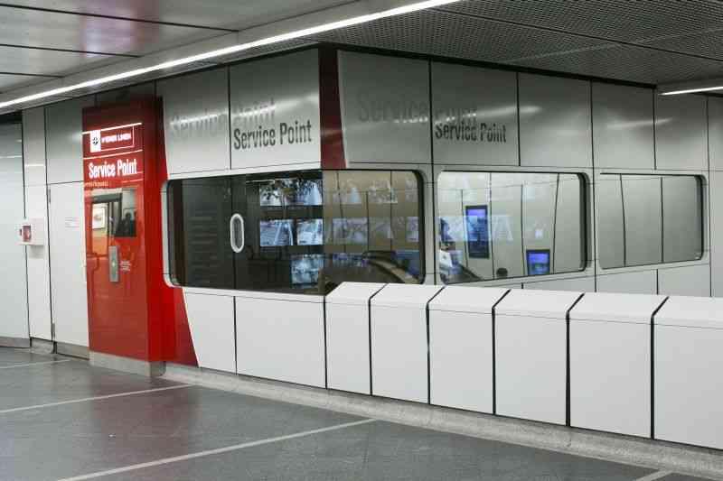 Insgesamt entstehen 23 Service-Points an stark frequentierten Stationen.