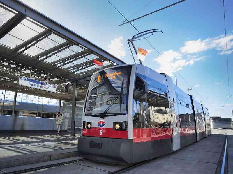 Die Linie O am Wiener Hauptbahnhof.