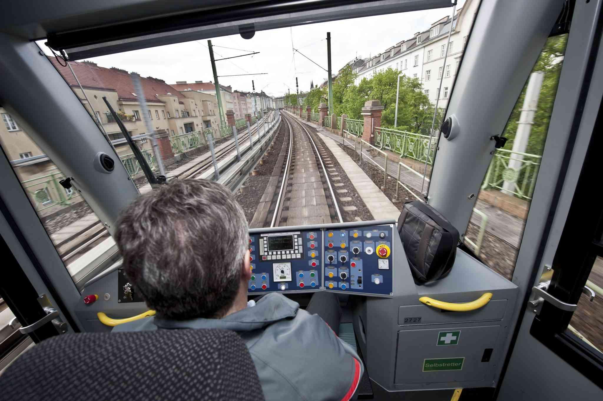 Neue Züge der U6