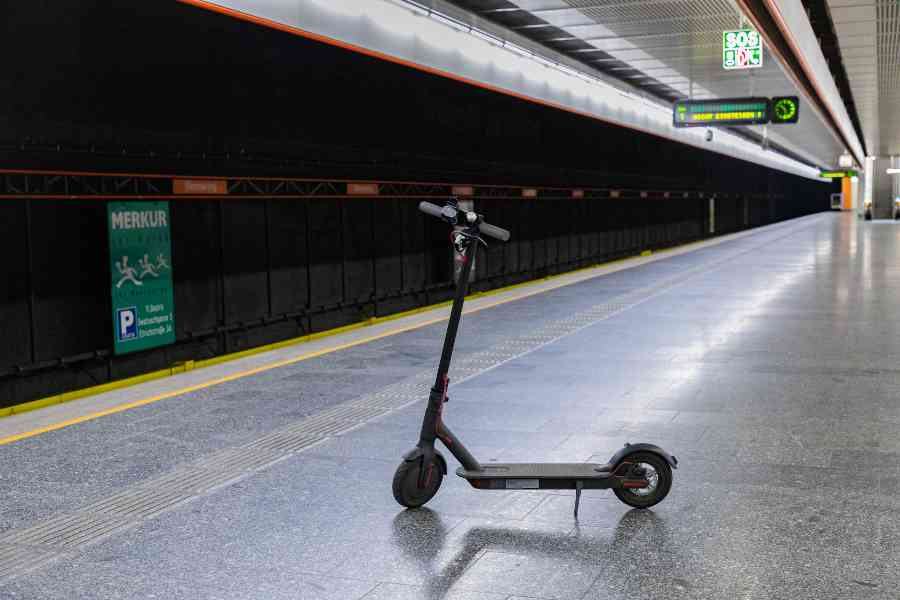 E-Scooter in den Öffis
