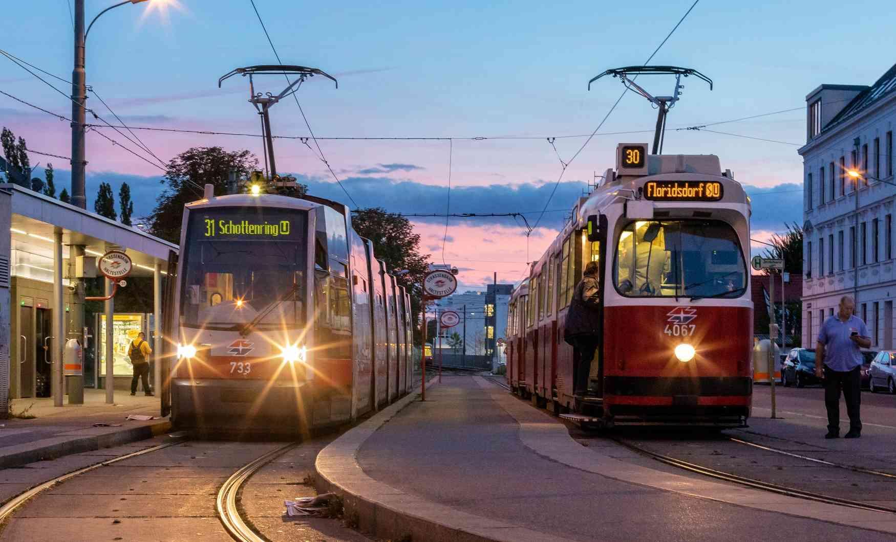 Linie 31 und 30 in Stammersdorf.
