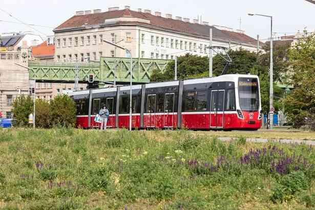 Bei der Anschaffung neuer Fahrzeuge achten die Wiener Linien auf einen niedrigen Energieverbrauch. So wurde etwa die Flexity-Bim besonders ökologisch gestaltet.